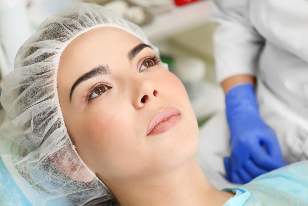 7-cuidados-posoperatorios-importantes-para-quem-fez-cirurgia-plastica.jpeg